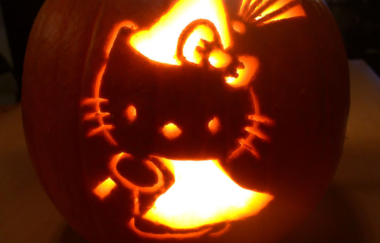 hello-kitty-pumpkin FI